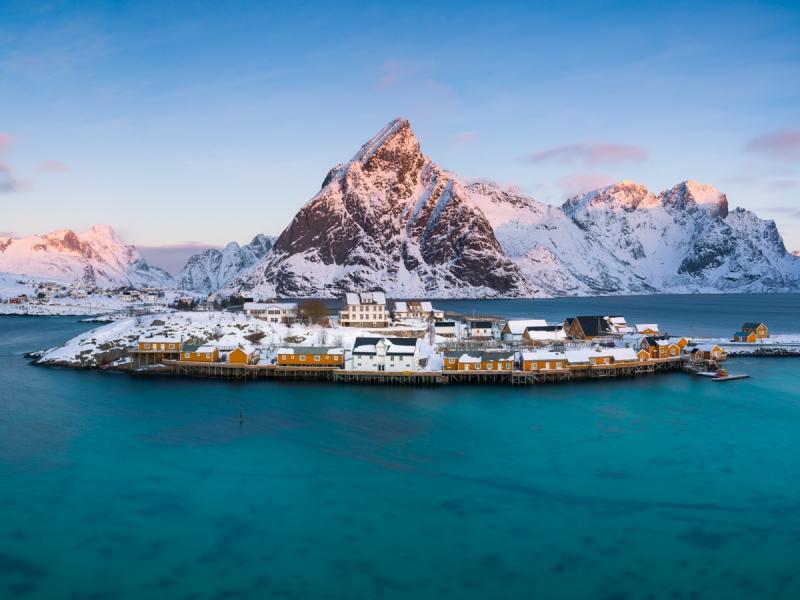Village door Groninger landschapsfotograaf Harmen Piekema